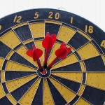 1800-dartboard-with-three-darts-in-bullseye-Johnny Magnusson
