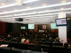Víctor Puig en la charla sobre relaciones públicas y contactos en las redes sociales